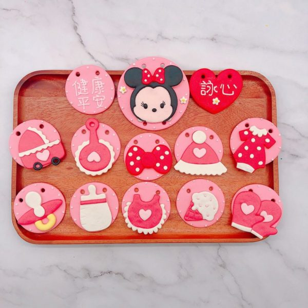 台北米妮收涎餅乾推薦,小嬰兒客製化收涎餅乾宅配