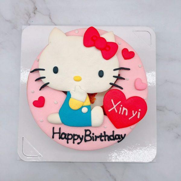 Hello Kitty造型蛋糕手工捏製,無嘴貓生日蛋糕手作分享